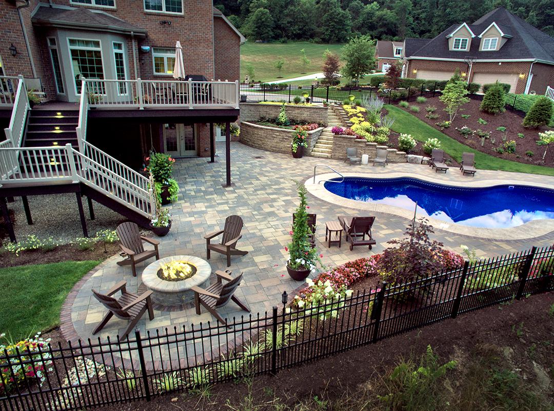 Murrysville Modern Designed by Beall's Landscaping